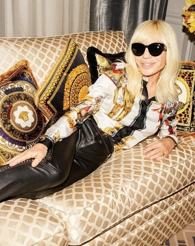 Michael Kors koupil Versace za více než 2 miliardy dolarů