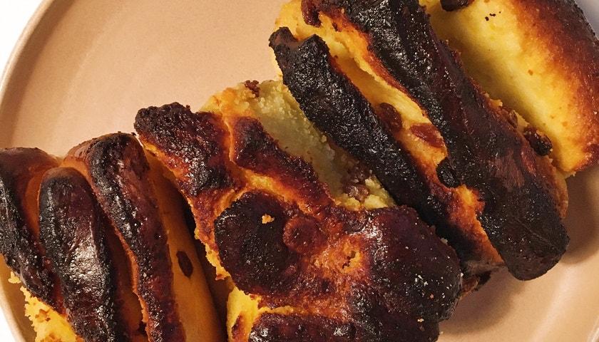 Vogue v kuchyni #7: Šafránový chlebík à la Miu Miu