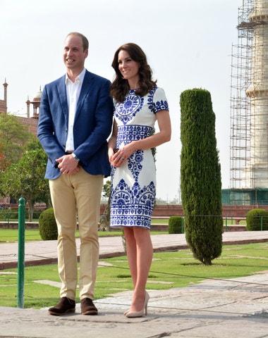 V botách (i šatech) Kate: lehká módní inspirace podle vévodkyně