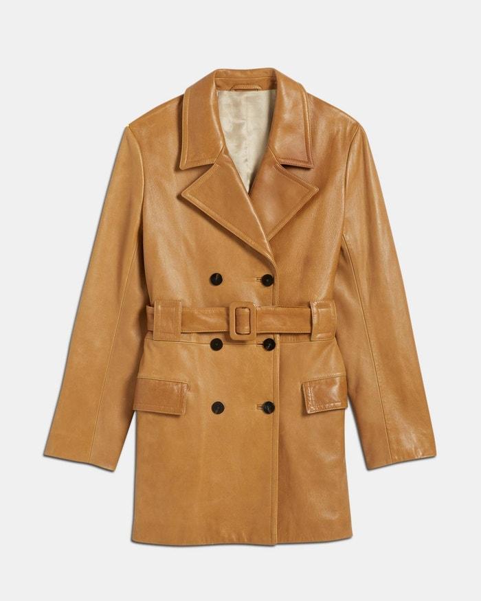 Kožený kabát kratší délky, Theory, prodává Theory, 1 995 $  Autor: Archiv značky
