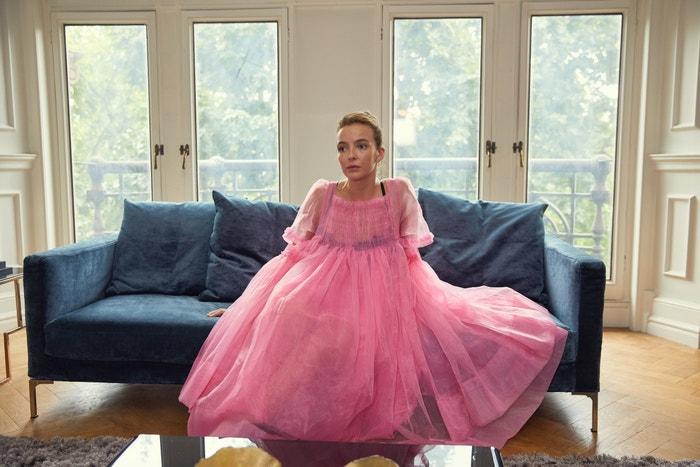 Jodie Comer v roli Villanelle