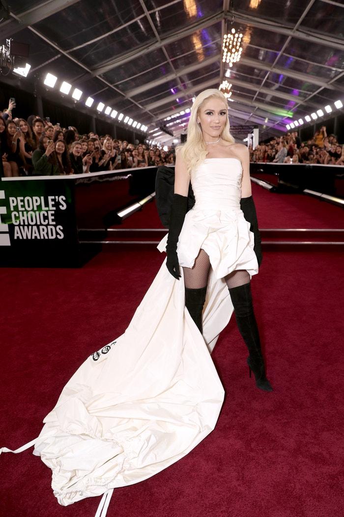 Gwen Stefani v šatech Vera Wang na E! People's Choice Awards 2019 Autor: Todd Williamson/E! Entertainment/NBCU Photo Bank via Getty Images
