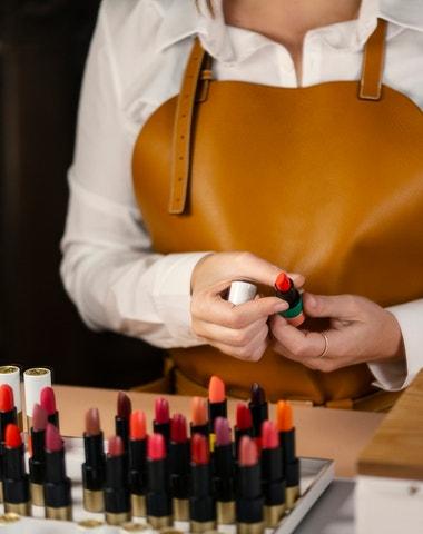 Vše, co potřebujete vědět o Hermès rtěnkách