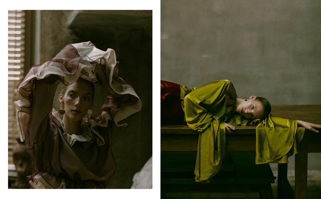Vlevo: košile, Kamil Wesolowski; náušnice, Pola Zag.  Vpravo: košile, Kamil Wesolowski; sukně, Muses.