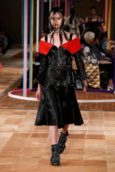 Alexander McQueen, Paris Fashion Week, Spring/Summer 2018