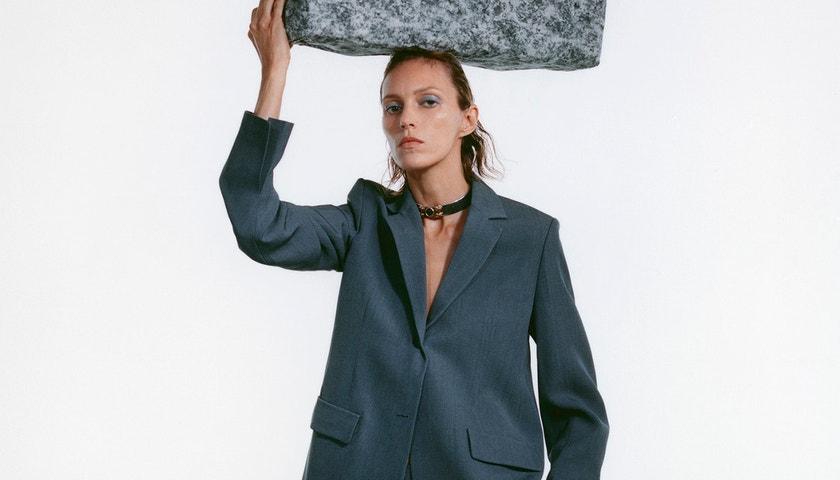 Anja Rubik: Proč byla pro obálku březnové Vogue dokonalou volbou?