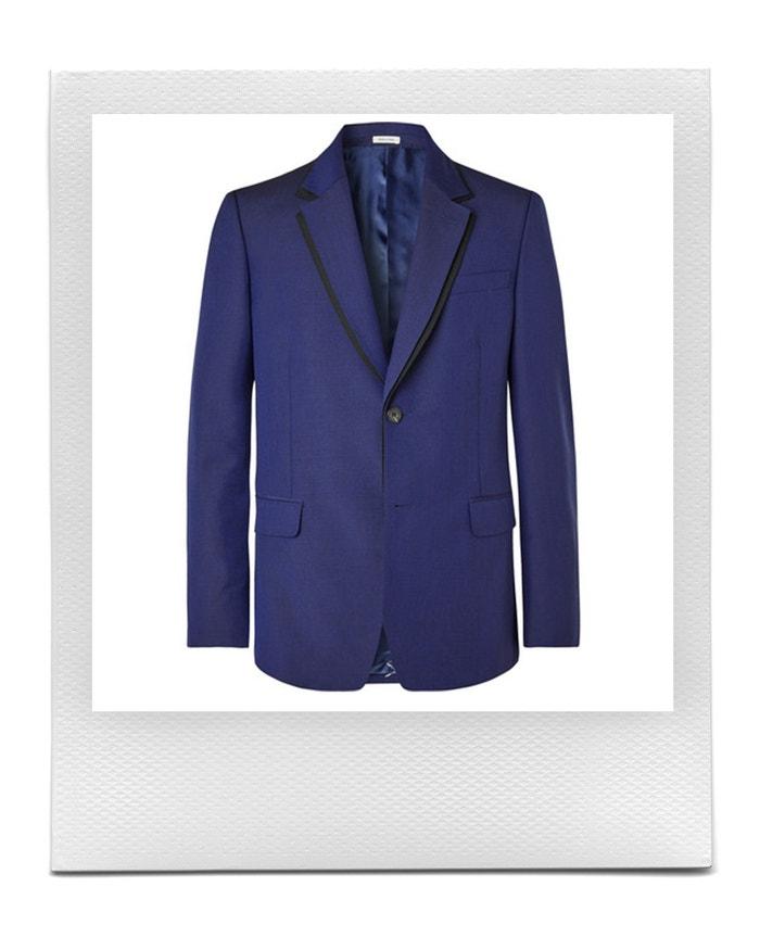 Královsky modré sako, Alexander McQueen, prodává Mr Porter, 1 830 £ Autor: Mr Porter