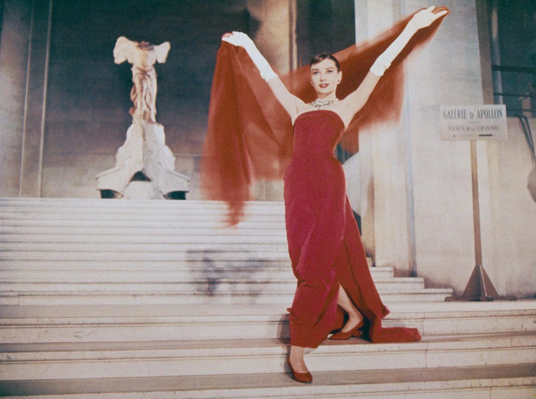 Audrey Hepburn ve filmu Funny Face, 1957         Autor: Getty Images