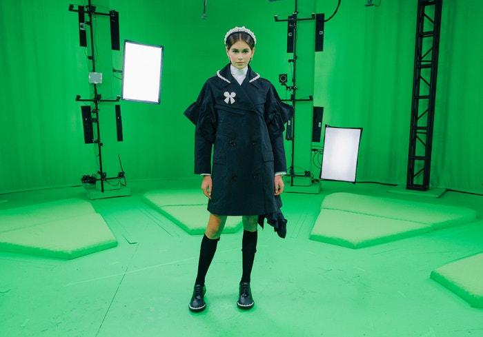 Kaia Gerber v kolekci Simone Rocha x H&M