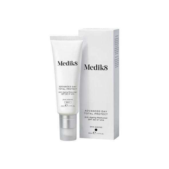 Anti-ageing denní hydratační krém s SPF 30 a 5* UVA, Medik8, prodává Medaprex, 1570 Kč
