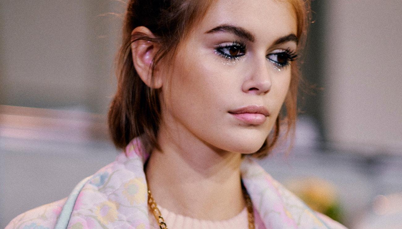 Kaia Gerber a její nejlepší beauty looky
