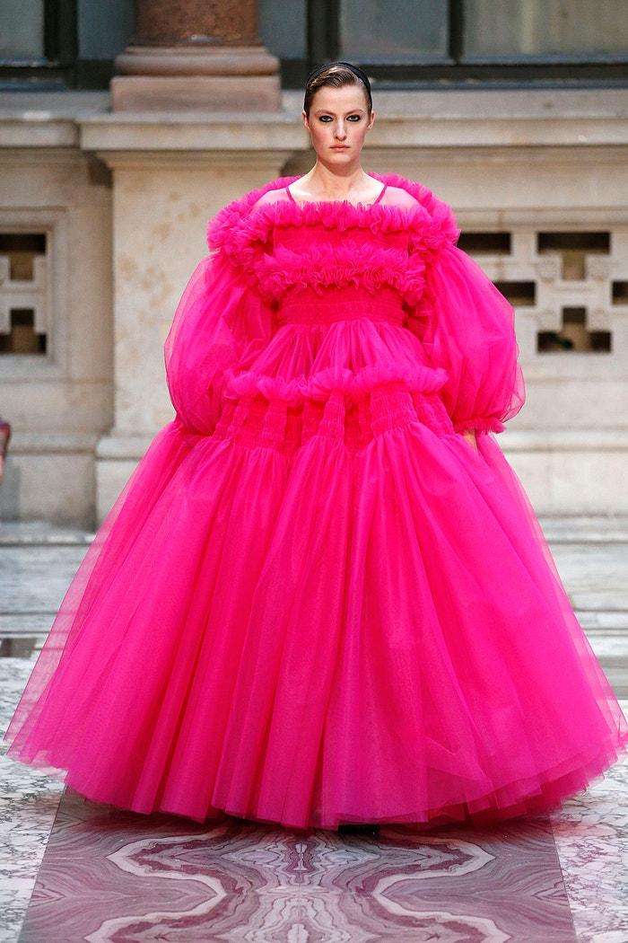 Molly Goddard ready-to-wear AW19/20, London Fashion Week, únor 2019 Autor: Victor VIRGILE/Gamma-Rapho via Getty Images