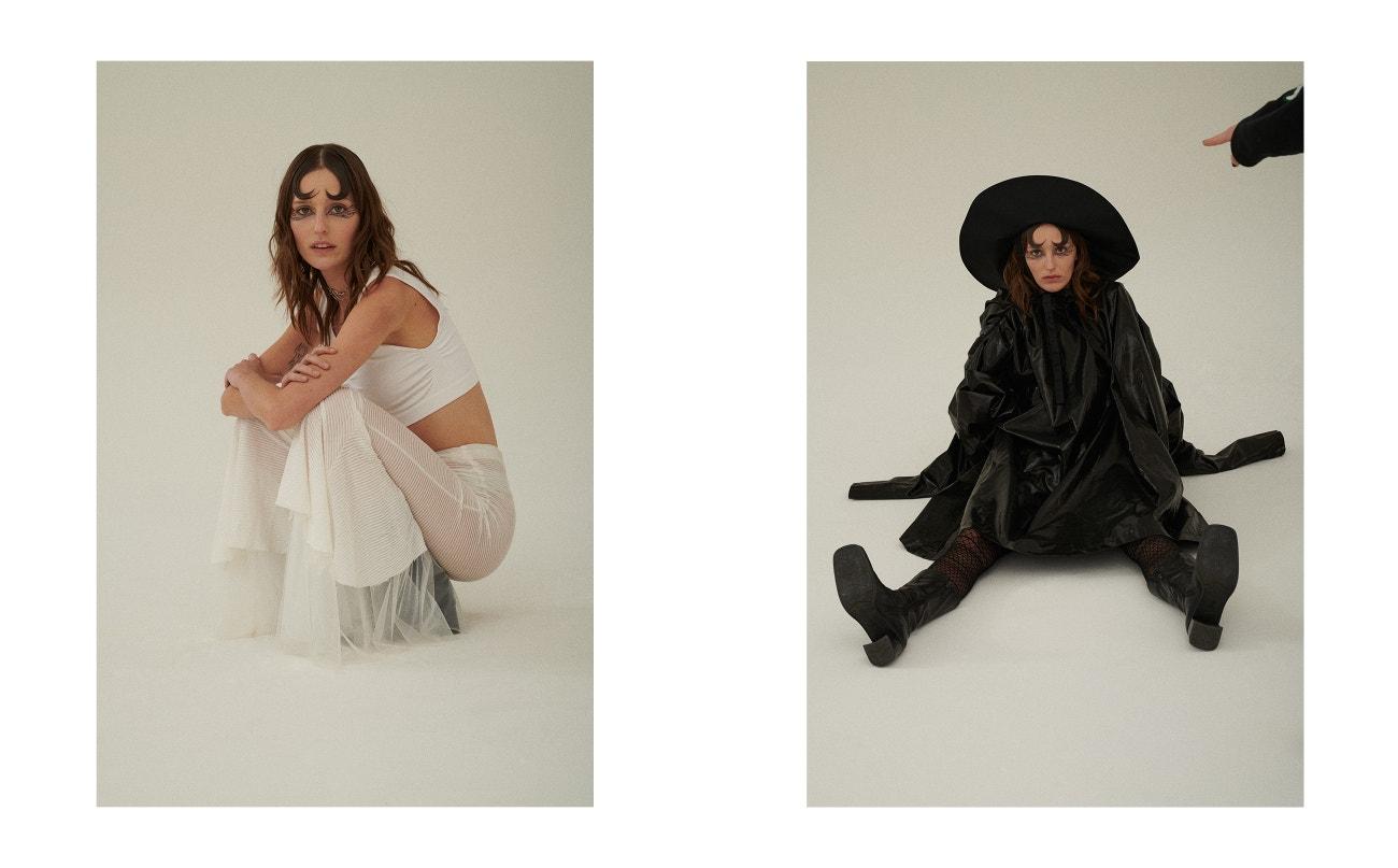 Vlevo: podprsenka, Nike; kalhoty, Krystian Szymczak; boty, Vintage; náhrdelník, Justin Clenquet.  Vpravo: kabát, Krystian Szymczak; klobouk, & Other Stories; boty, Vintage.