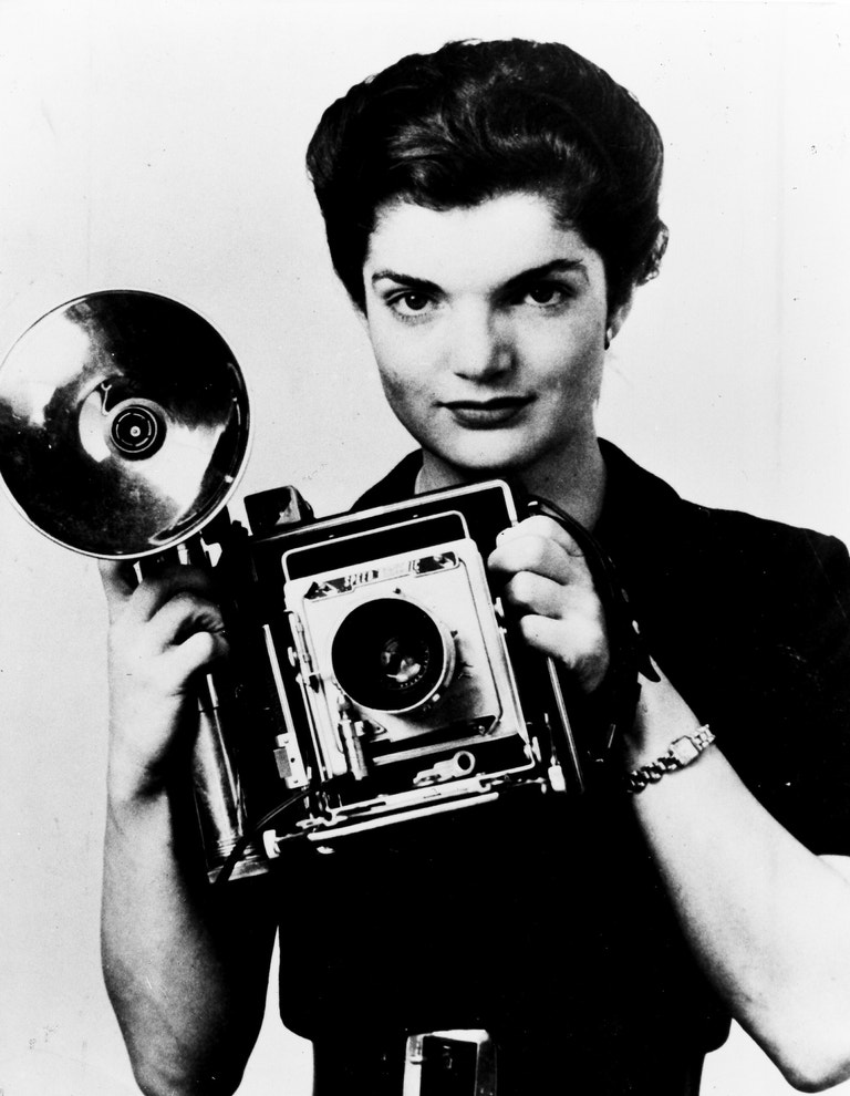 Portrét Jacqueline Bouvier z 50. let