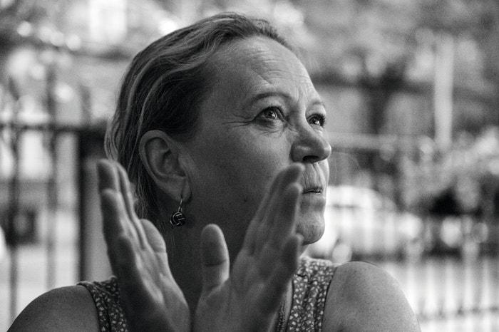 Eva Mišíková (59 let), učitelka francouzštiny, básnířka a překladatelka, manželka Vladimíra Mišíka.