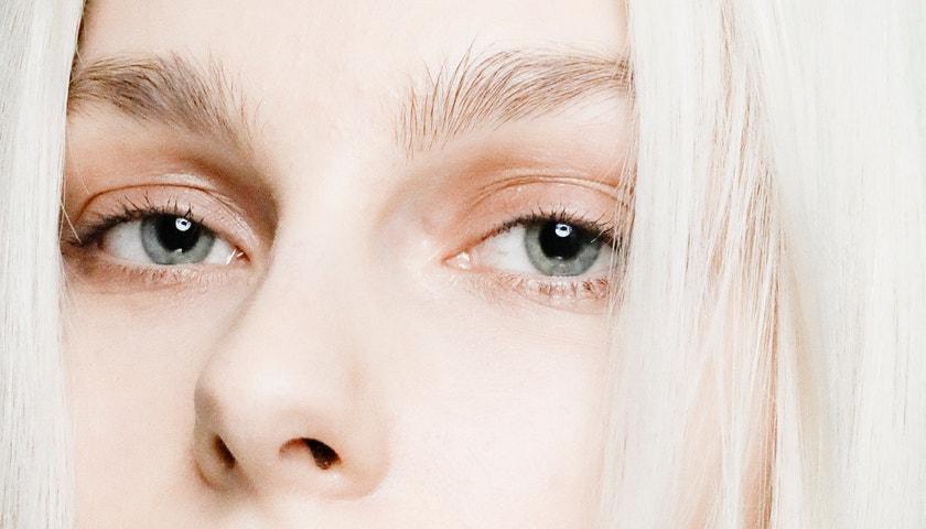 Proč oči stárnou rychleji a jednoduché kroky, jak tomu aktivně bránit