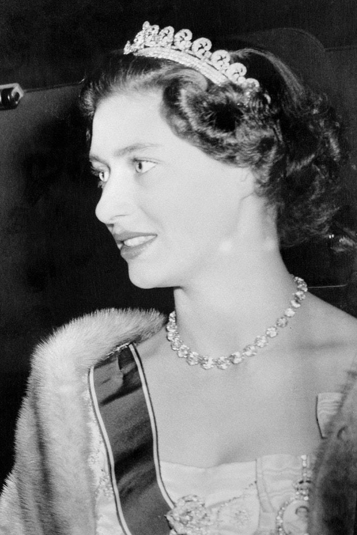 Princezna Margaret s tiárou Halo Scroll  Autor: Getty Images