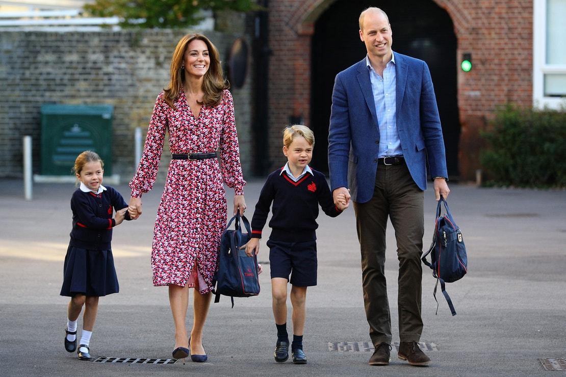 První školní den britské princezny Charlotte, 5. září 2019