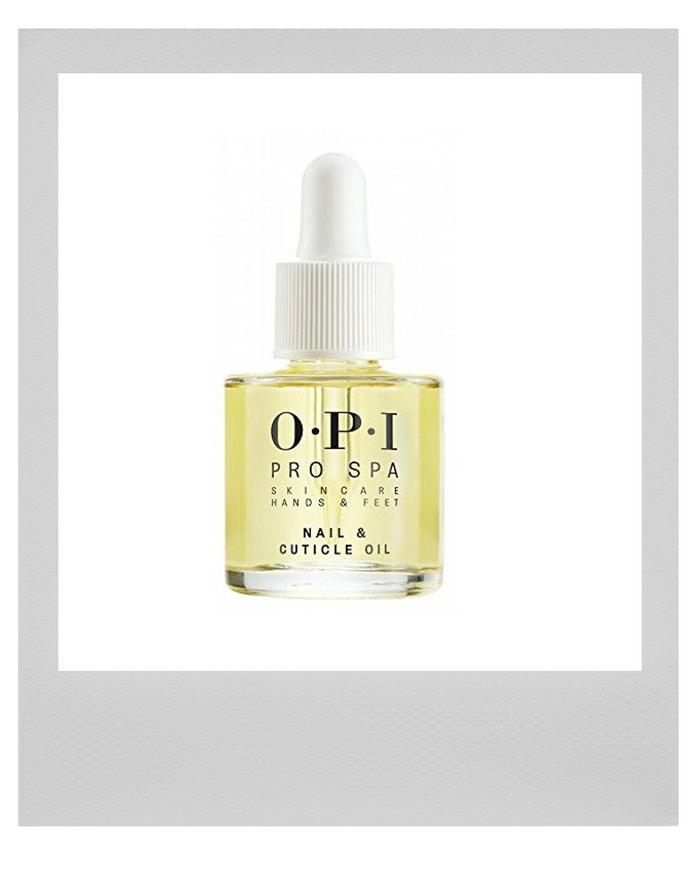 Výživný olej na nehty a nehtovou kůžičku Pro Spa, OPI, prodává The Nail Store, 386 Kč