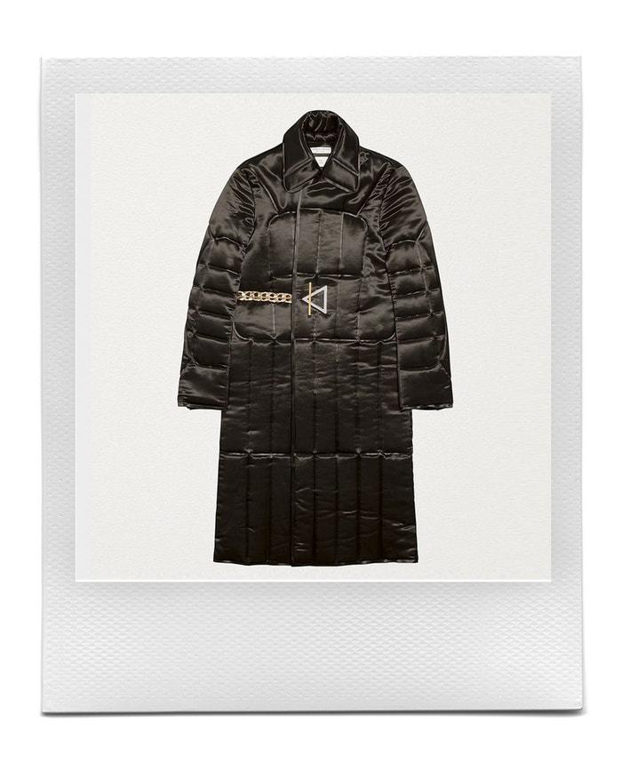 Overcoat in quilted satin with a chain belt, BOTTEGA VENETA, sold by Bottega Veneta, € 2.780