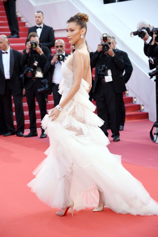 Bella Hadid v Cannes, 2019