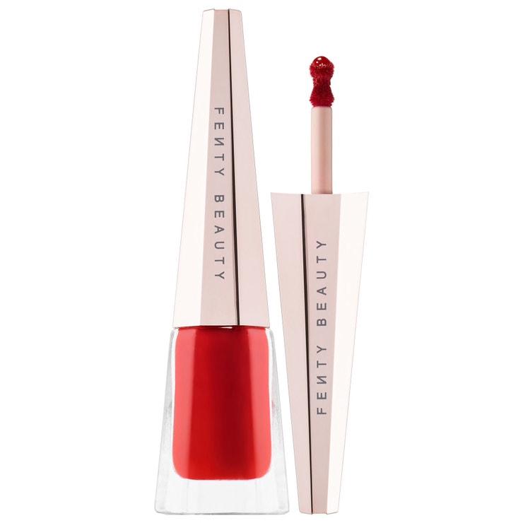 Tekutá rtěnka Stunna Lip Paint v odstínu Uncesored, Fenty Beauty (prodává Sephora), 570 Kč