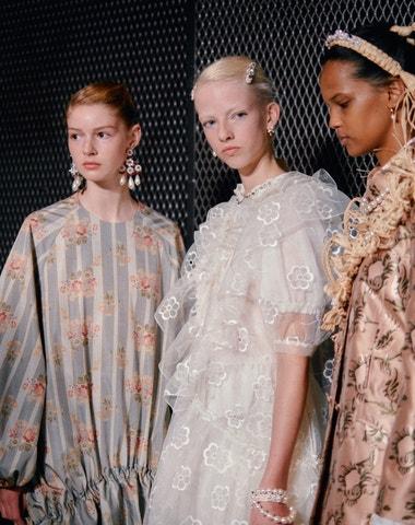 London fashion week se přesouvá do digitálního světa a bude genderově neutrální
