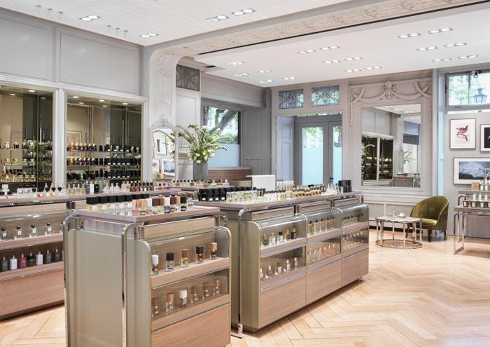 Kdybyste zatoužili po nové vůni, která by vám město připomínala, vydejte se do parfumerie Spitzenhaus
