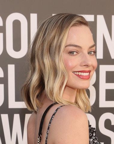 Golden Globes 2021: Live z červeného koberce
