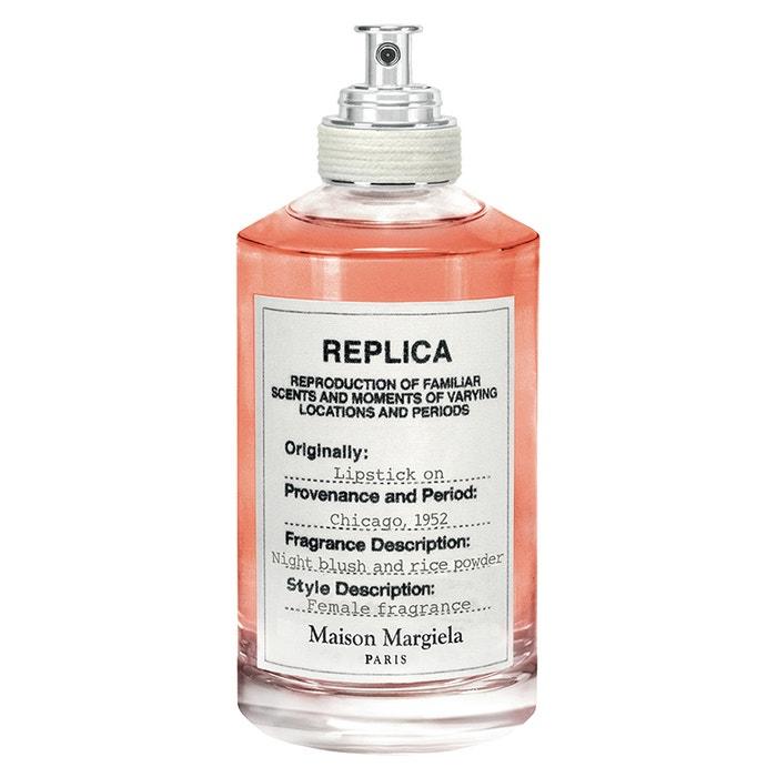 Vůně Lipstick on, Maison Margiela (prodává Sephora), EdT 100 ml za cca 2800 Kč