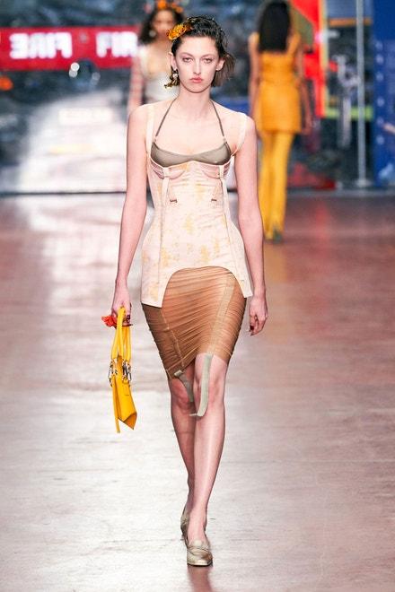 Fashion East – Charlotte Knowles
