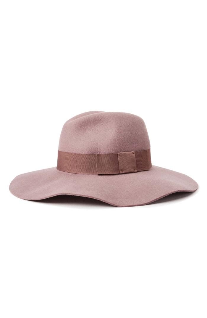 Vlněný klobouk Piper, Brixton, prodává Nordstrom, 62 € Autor: Archiv firmy