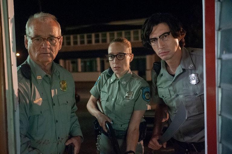 Bill Murray, Chloë Sevigny a Adam Driver ve filmu Mrtví neumírají