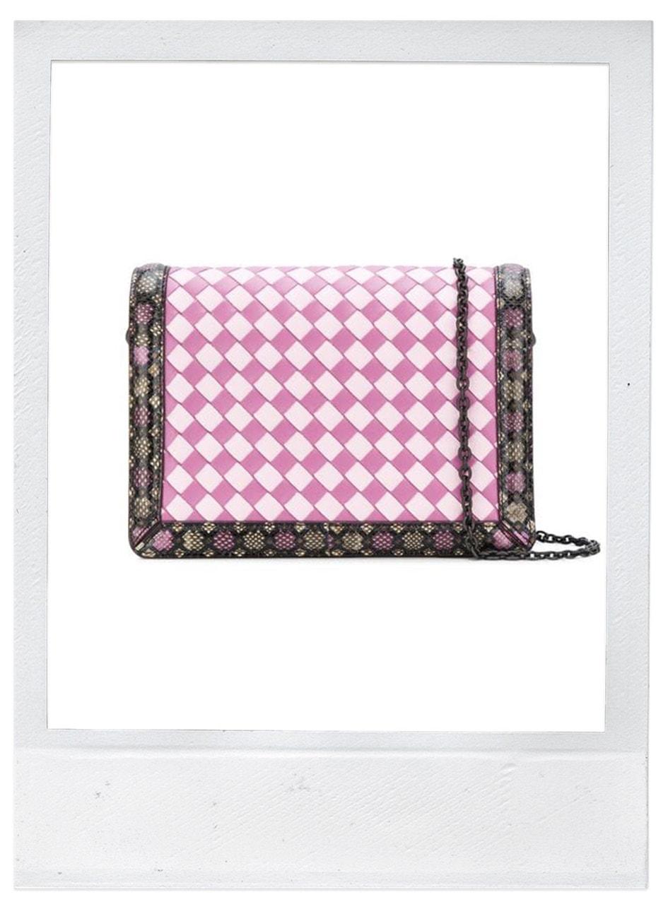 Mini kabelka, Bottega Veneta, prodává Farfetch, 1697 €