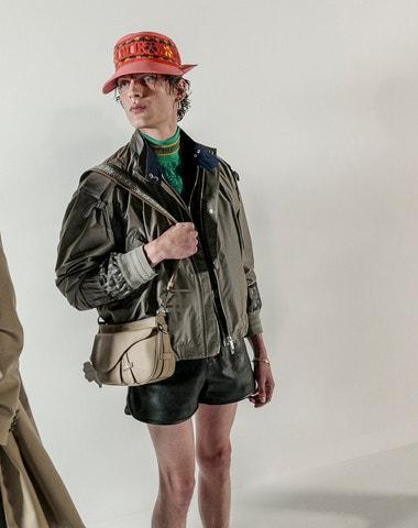 Pracuji jen s těmi nejlepšími, říká Kim Jones o nové kolekci Dior