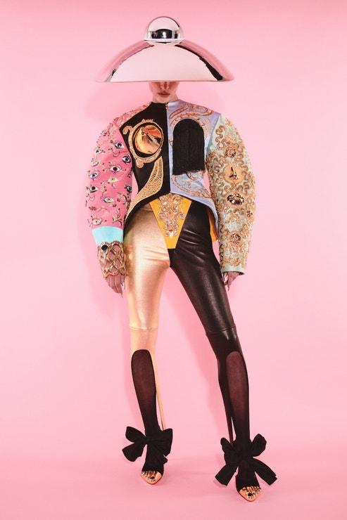Schiaparelli Haute Couture podzim - zima 2021/2022