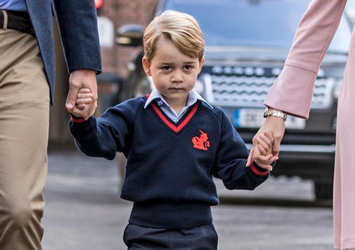 Prince George a jeho první školní den, soukromá škola Thomas's Battersea v Londýně, 2017