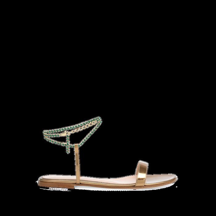 Zlaté sandálky s korálkovým vázáním, Gianvito Rossi, prodává Gianvito Rossi, 840 € Autor: Archiv značky