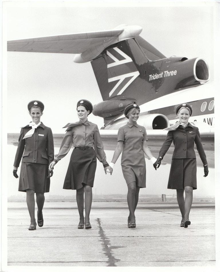 Uniformy stevardek z roku 1972