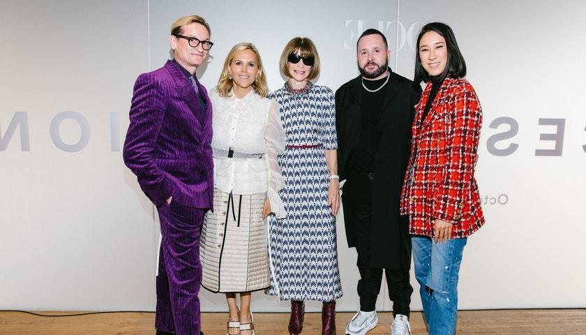 Forces of Fashion s Annou Wintour a Donatellou Versace