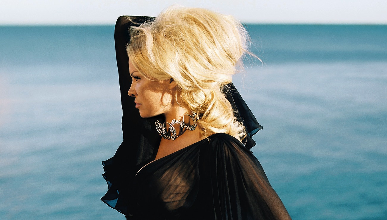 Pamela Anderson: Vogue CS's Exclusive Interview