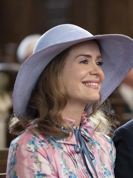 Sarah Paulson jako Alice Macray