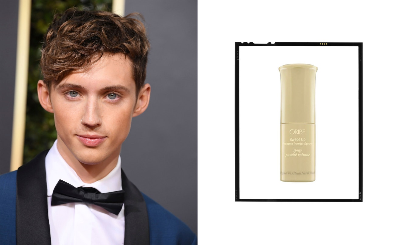 Troye Sivan.  Swept Up Volume Powder Spray, Oribe, 1095 Kč