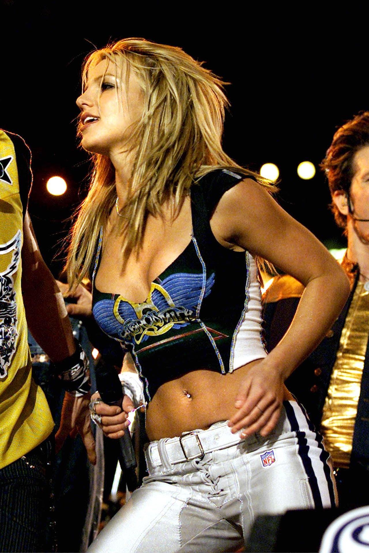Britney Spears, 2001