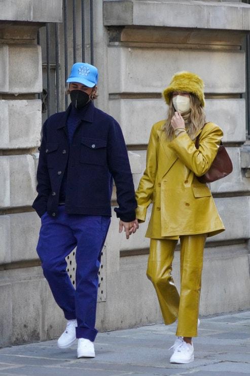 Justin Bieber a Hailey Bieber v Paříži, únor 2021