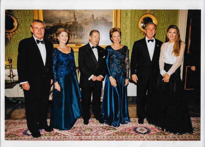The White House, Miloš Forman, Barbara Bush, Václav a Dagmar Havel, G. W. Bush, Martina Formanová