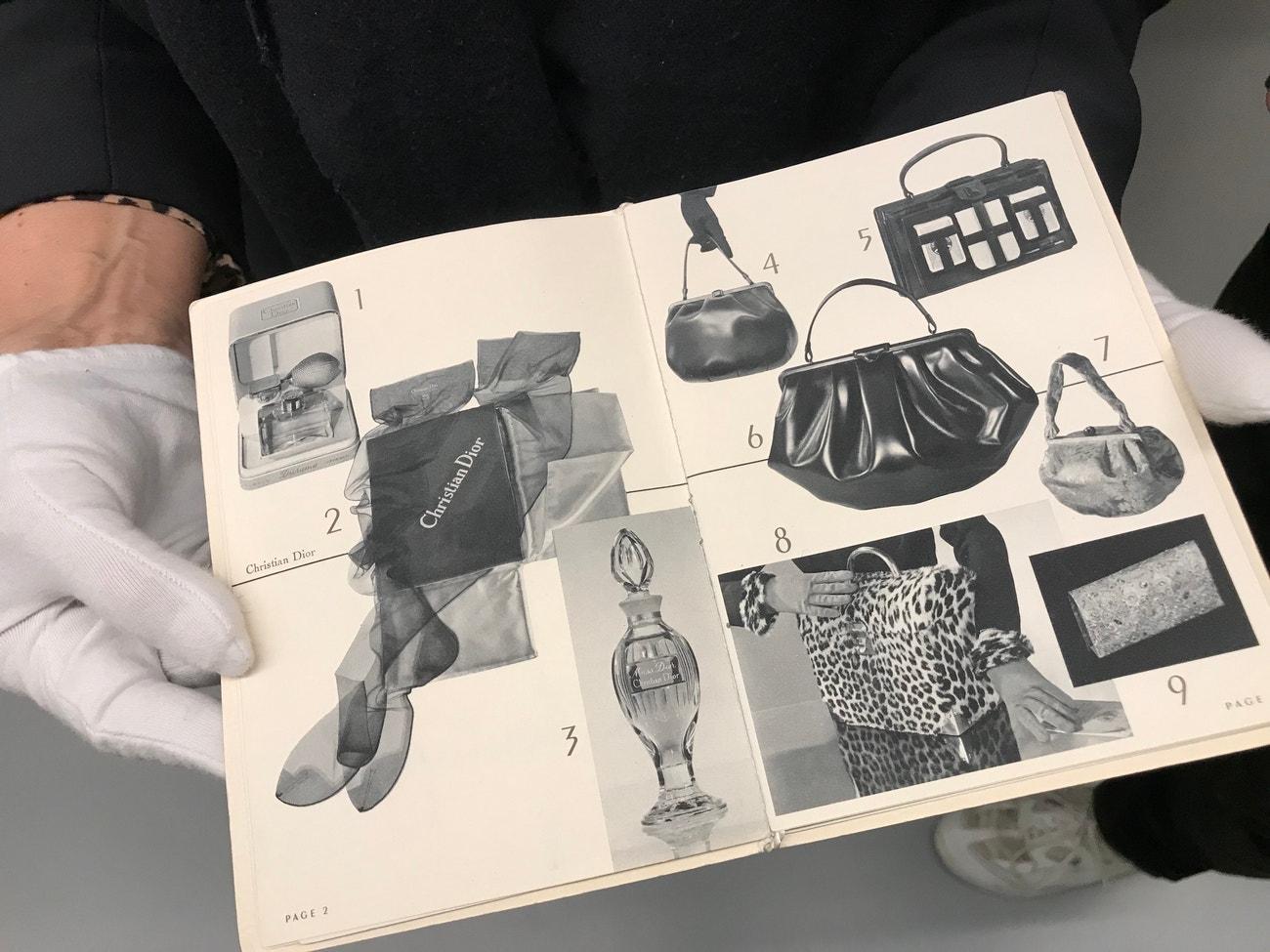 Katalog produktů Dior z prosince roku 1951