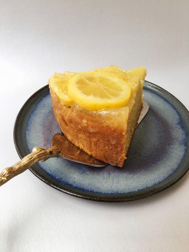 Obrácený citronový koláč