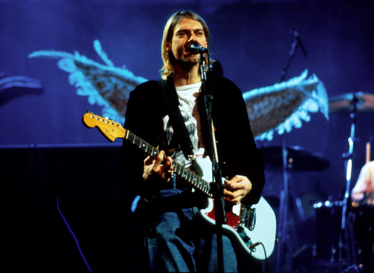 Kurt Cobain na koncertu MTV Live and Loud, prosinec 1993