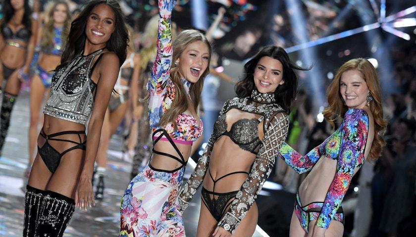 Konec jedné éry. Nejlepší momenty z přehlídek Victoria's Secret